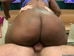 Big ass booty -  If you like giant 40 inch big asses your gonna love this video