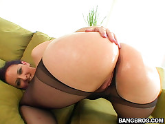 Get ready BangBros fans! We grabbed an AssParade out of the ricochet just for you. The ass that Caroline Pierce has was positively a no brainer for today's update. Nothing but non-stop booty shaking added to pussy pounding action. Noah seemed to reverence every minute of this sweet juicy ass bouncing on the cock. Come look forward this throw-back of Ass Parade. It's bananas.